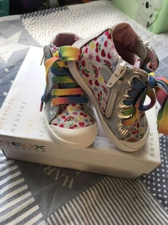 Sneakersy kolorowe dla dziewczynki Geox, rozm. 21, cena 70zl z przesył