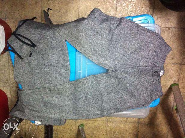 Dois pares de calças para equitação - Armação de Pera