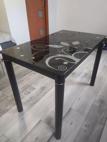 Stół szklany czarny