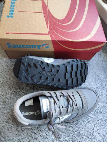 Кроссовки Saucony