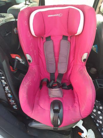 Cadeira Auto p/carro Bebé Confort Axiss (Azul e Rosa)