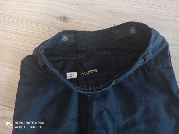 Spodnie chłopięce rozmiar 122