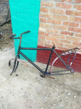Рама от велосипеда.