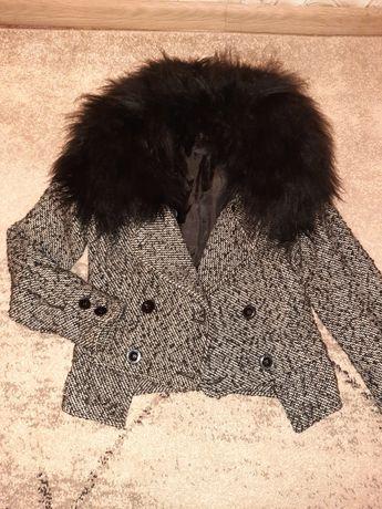 Куртка пальто плащь осень