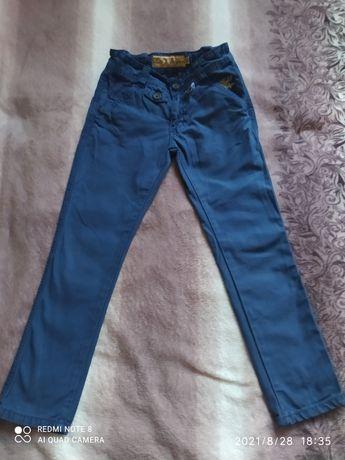 Брюки джинсы р122-128
