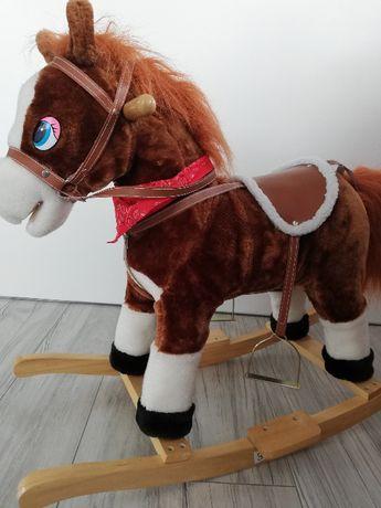 Koń na biegunach z melodią
