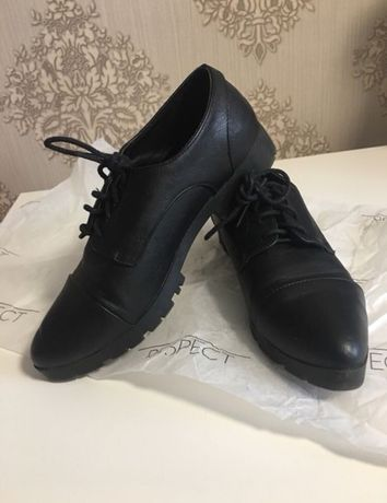 Туфли , ботинки