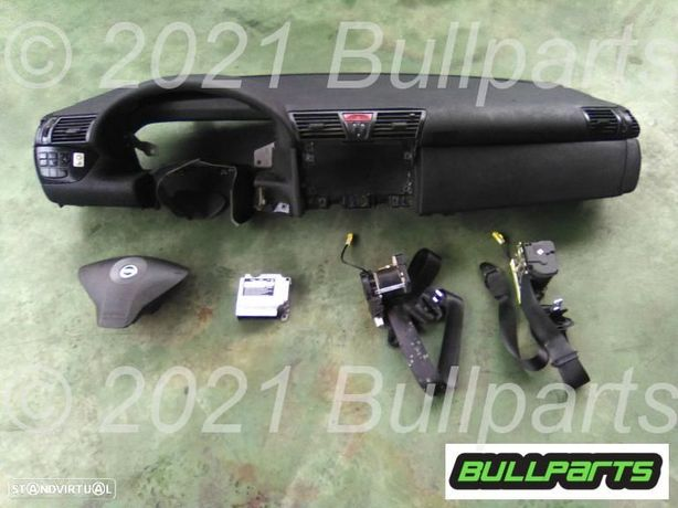 Conjunto Completo Tablier + Airbags + Pré-tensores Fiat Stilo M