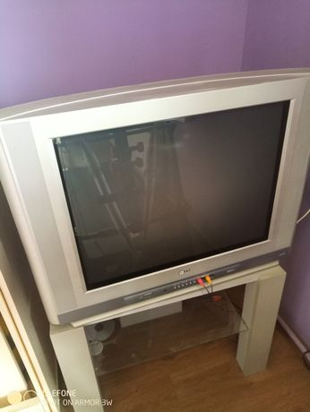 Telewizor LG 21 cali.