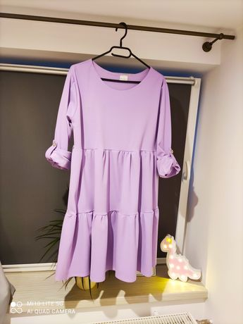 Sukienka rozkloszowana w stylu babydoll liliowa może być ciążowa