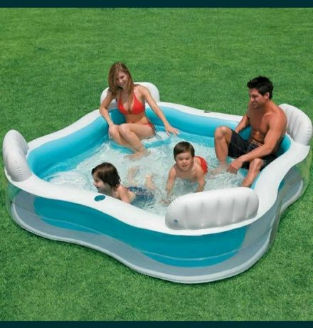 Продаж басейну для сім'ї