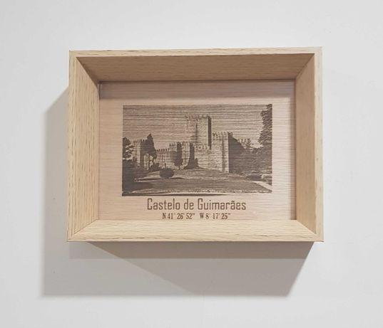 Quadro decorativo monumentos gravado a laser - Castelo de Guimarães