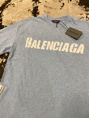 Футболка , свитшот, лонгслив Balenciaga , off white , gucci