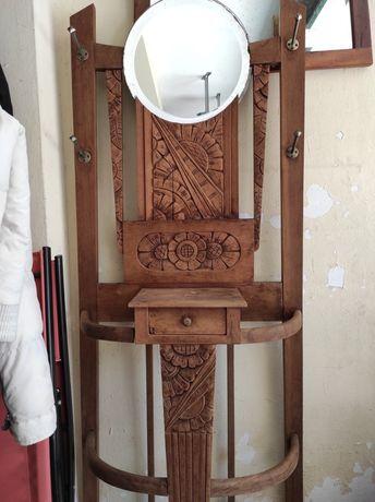 Bengaleiro em madeira