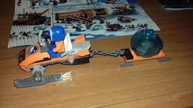 Лего набор(60032)