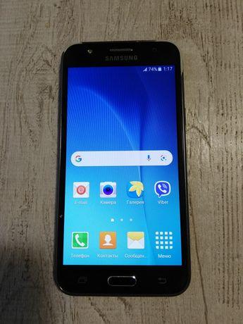 Продам телефон Samsung j5 2016
