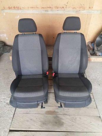 Volkswagen CADDY IV Fotele Przód Rok:2016/10-08