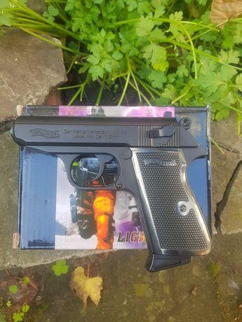 Пистолет зажигалка Вальтер