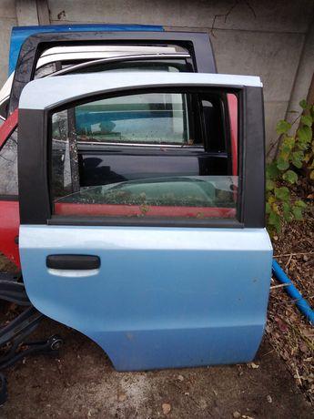 Fiat Panda drzwi tylne prawe ładne