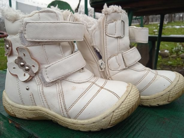 Чобітки/черевички для дівчинки