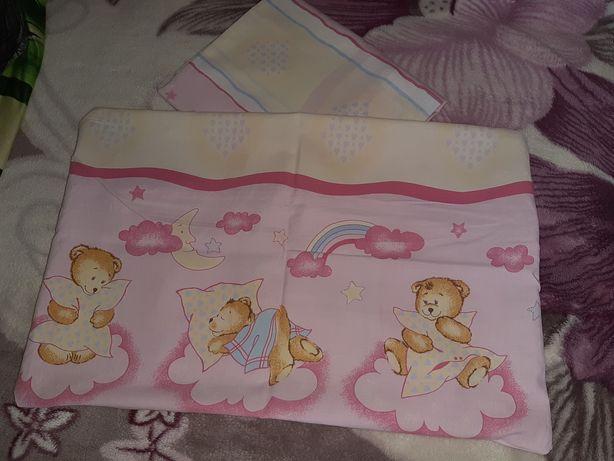 Pościel niemowlęca powłoczki na poduszkę i kołderkę do łóżeczka