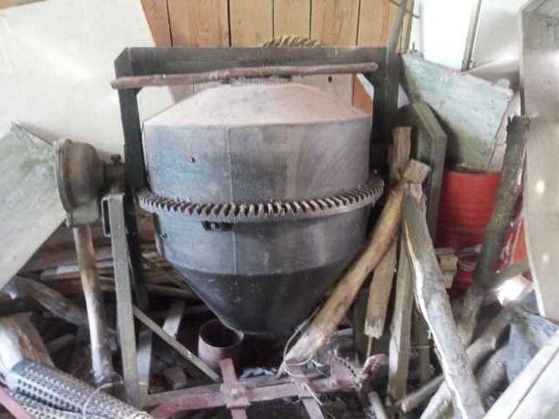 Betoniarka 250 litrów