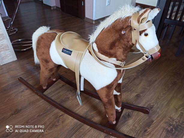 Duży koń na biegunach firmy Alberta