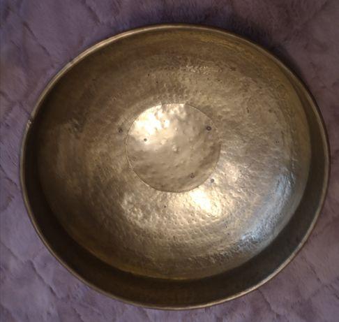 Misa stare złoto z czarnym