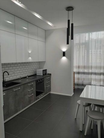 Сдам на длительно новую  квартиру на Французском бульвар