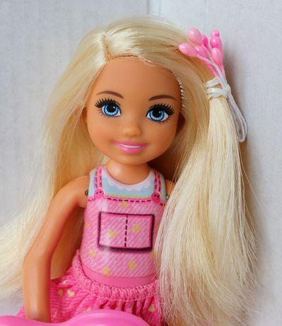 Кукла Челси с шарнирными коленями