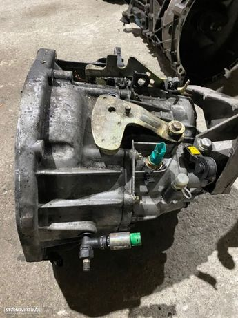 Caixa velocidades Renault 1.9dci 6v pk6018