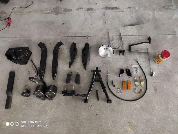 Keeway Superlight 125cc - Material diverso