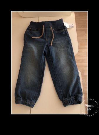 Продам новые джинсы H&M. Унисекс.