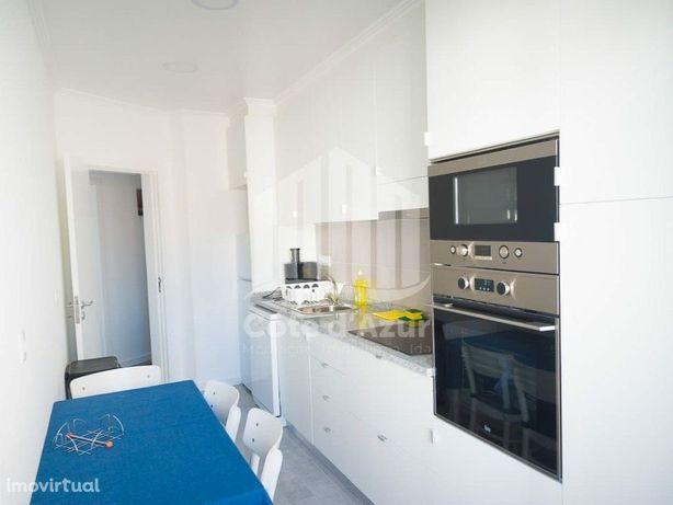 Apartamento T2 - junto ao Supermercado Continente na Cova...