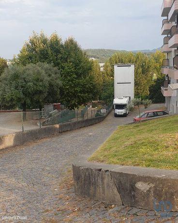 Estacionamento - 13 m²