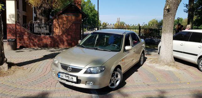 Продається автомобіль Mazda 323 2003року