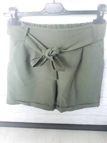 spodenki khaki wiązane z kokardą szorty zielone M, L