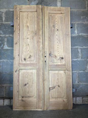 Stare zabytkowe drzwi podwójne  wewnętrzne zewnętrzne wiejskie ludowe