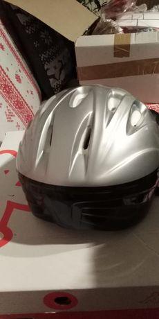 Nowy kask rowerowy