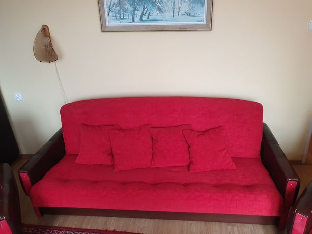 Komplet wypoczynkowy kanapa + fotele + 2 pufy gratis