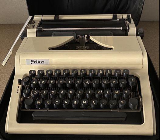Maquina de escrever Erika vintage