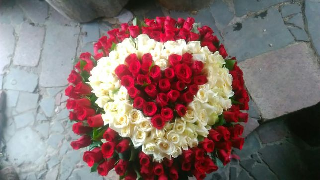 Букет 101 роза 899 грн 50 см. Любое количество.