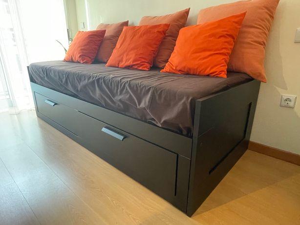 Cama Sofá Brimnes IKEA como novo