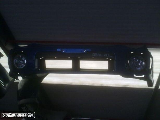Para-Choques Subaru Impreza 2001