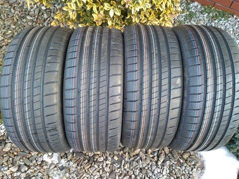 Opony Bridgestone 225/40/18 Nowe!!