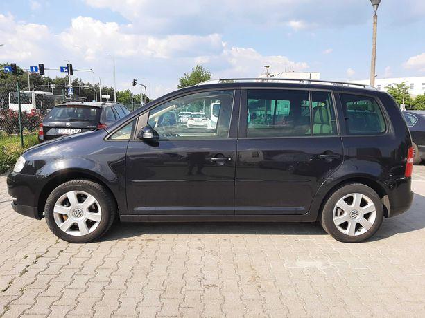 Volkswagen Touran Sprzedam Serwis ASO.