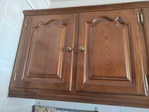 Armário cozinha madeira