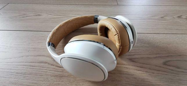 Słuchawki Samsung Level Over-Ear Bluetooth biały