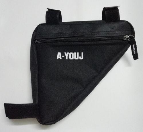 Велосумка под раму треугольник 15x14x4 см вело сумка угловая