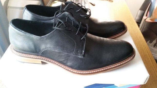 Sapatos Bhatti Plain em pele e em preto Size UK 7 (EU 41)